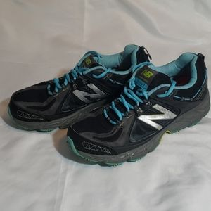 New balance 510v2 sneakers size 11